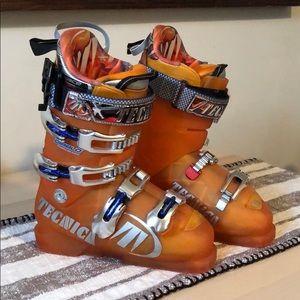TECNICA Ski Boots 🎿 Diablo Race 130